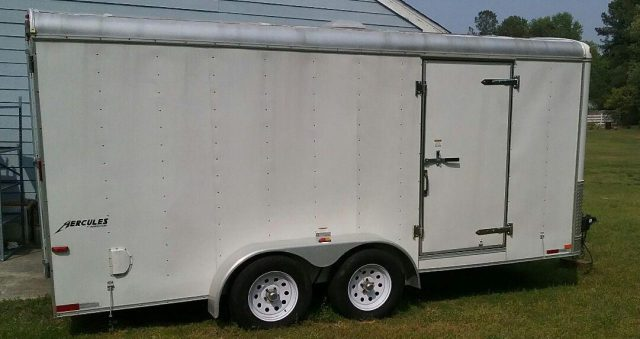 cropped-enclosed-trailer.jpg